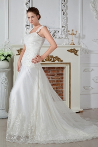 Empire Straps Court Train Tulle Appliques Wedding Dress