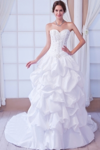 Wedding Gown Princess Sweetheart Court Train Beading