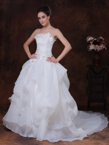 Straps A-Line Organza Beading Wedding Dress Court Train