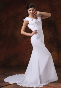 V-neck Ruched Bodice Brush Train For Wedding Dress