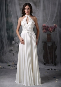 White A-line High-neck Chiffon Appliques Wedding Dress