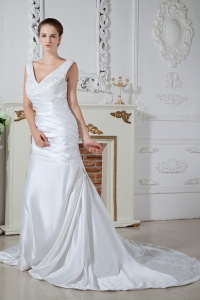 Unique V-neck Column Court Train Satin Appliques Wedding Bridal Gown