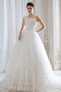 Princess One Shoulder Wedding Gown Tulle Beading