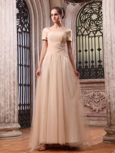 Champagne Wedding Dress Appliques Square Short Sleeves
