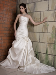 Mermaid Hand Made Flower Wedding Dress Chapel Taffeta