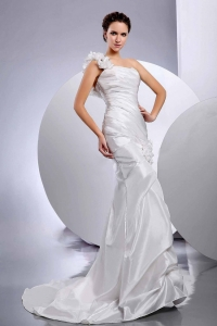 One Shoulder Hand Made Flower Trumpet Wedding Dress