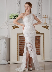 One Shoulder Brush Train Column Lace Wedding Dress