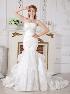 Mermaid Strapless Court Train Taffeta Appliques Wedding Gown