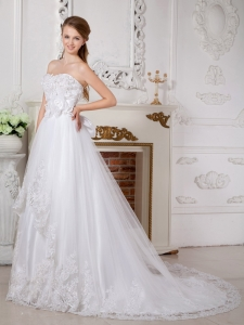 Sweetheart Court Train Wedding Dress Lace Appliques