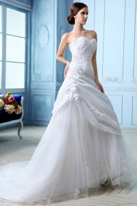 Sweetheart Court Train TulleRuch and Appliques Wedding Dress