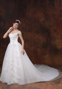 A-line Square Wedding Dress With Appliques Decorate On Tulle