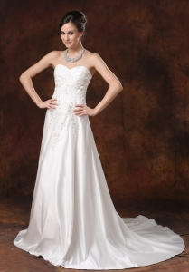 Lace and Beading Sweetheart Bridal Dresses Court Train