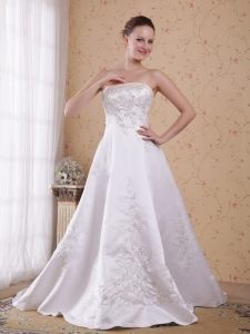 Strapless Count Train Embroidery Satin Wedding Bridal Dress