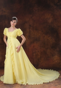 Yellow Wedding Dress Square Short Sleeves Hand Made Flowers