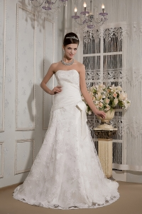 Lace Bowknot Wedding Dress Appliques Strapless Court Train