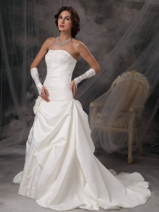 Appliques Wedding Dress Strapless Court Train Satin Princess