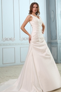 V-neck Court Train Taffeta Ruch and Appliques Wedding gowns