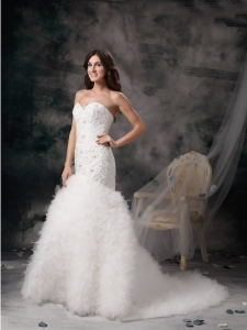 Mermaid Wedding Dress Sweetheart Brush Train Feather Beading