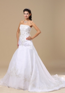 Chapel Train Exquisite Embroidery Strapless Wedding Bridal Dress