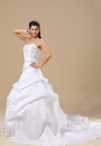 Strapless Embroidery Wedding Gown Chapel Train Pick-ups Taffeta