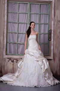 Handle Flower Bridal Dress Chapel Train Taffeta Lace Appliques