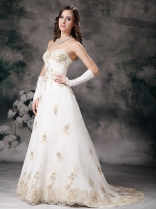 Wedding Dress Ivory Sweetheart A-line Brush Train Lace Beading