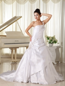 Appliques One Shoulder Ruching Wedding Dresses Train
