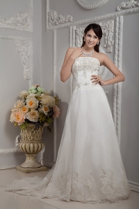 Lace Appliques Wedding Dress A-line Strapless Court Train