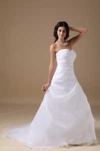 Ruffles Beading Wedding Dress Sweetheart Ruched Train