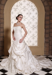 Lace Wedding Dress Pick-ups Ball Gowns Chapel Train