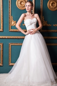 Ruching Bridal Gowns Sweetheart Train Wedding Dress