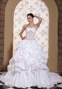 Pick-ups Ball Gown Lace Wedding Dresses Chapel Train