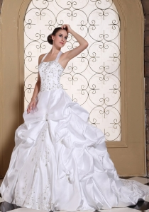 Halter Top Bridal Wedding Gown Embroidery Pick-ups Chapel Train