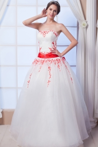Red Embroidery Wedding Dresses Appliques Ball Gowns