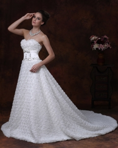 Rolling Flowers Bowknot Wedding Dresses Beaded Sash