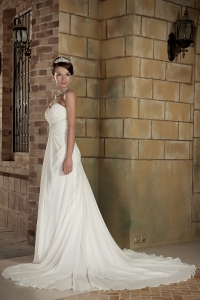 Sweetheart Chiffon Wedding Dress Court Train Beading Empire