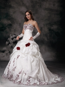 White Wedding Dress Wine Red Embroidery Ball Gown Brush Train