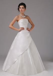 Bridal Gown Wedding Dress With Ruched Organza Strapless