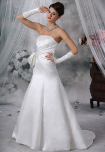 Appliques Beading Wedding Dress for Brides Brush Train
