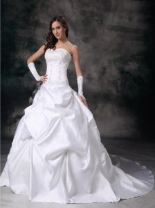 Embroidery Wedding Dress Beaded Sweetheart Court Train