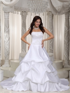 Court Train Appliques Wedding Bridal Gowns Ruching Taffeta