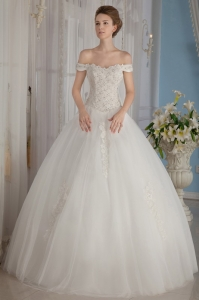 Off The Shoulder Appliques Ball Gown Beading Wedding Dress