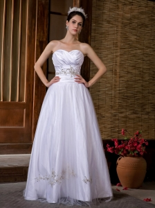 Appliques Sweetheart Ruching Garden Wedding Bridal Gowns