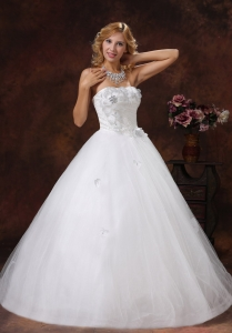 Hand Made Flowers Ball Gown Beading Wedding Dresses