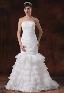 Mermaid Ruch Wedding Dress With Ruffles Layers Organza