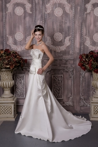 A-line Sweetheart Court Train Satin Beading Wedding Gowns