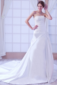 Taffeta Beading Bridal Gown A-line Sweetheart Chapel Train