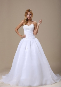 Sweetheart Wedding Dress Organza Court Train Ruched Bodice