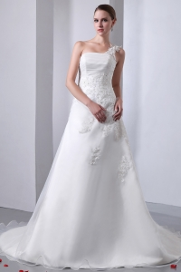 One Shoulder Chapel Train Organza Wedding Dress Appliques