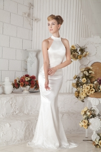 Halter Top Brush Train Wedding Dress for Spring Wedding Party